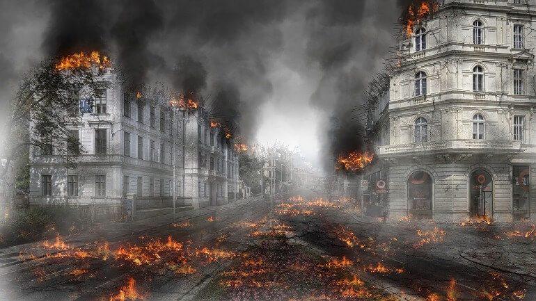 Хабаровск накрыл едкий дым