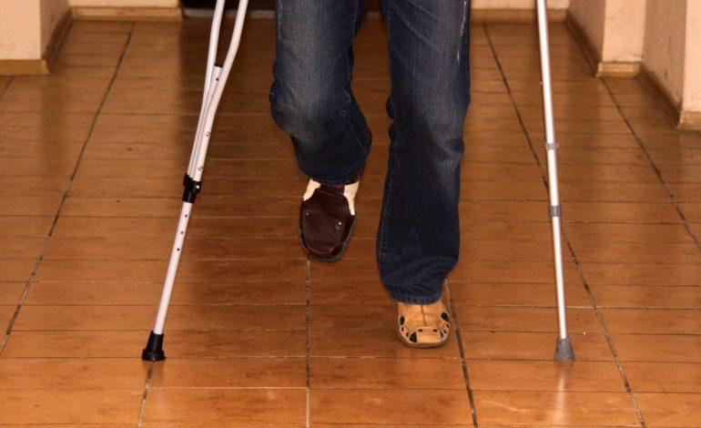 Число инвалидов сокращается: Минтруд проверит решения суда по назначению инвалидности