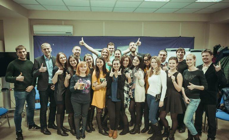 Молодежь Хабаровска возвращается к бумажным книгам