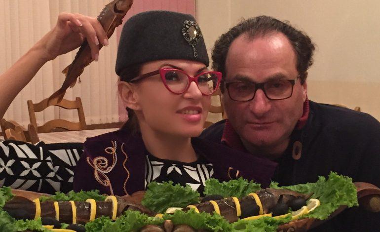 Комедия-дефиле «Любовь по-итальянски» (16+), 16 апреля, Хабаровский краевой театр драмы, 17-00