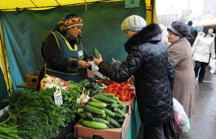 Четыреста бесплатных торговых мест предоставят под хабаровскую овощную продукцию