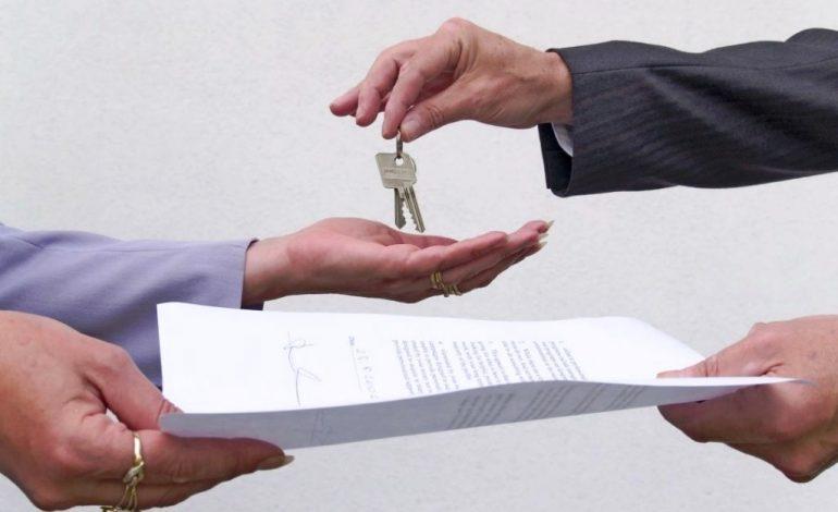 Сиротам зарегистрироваться на съемной квартире непросто