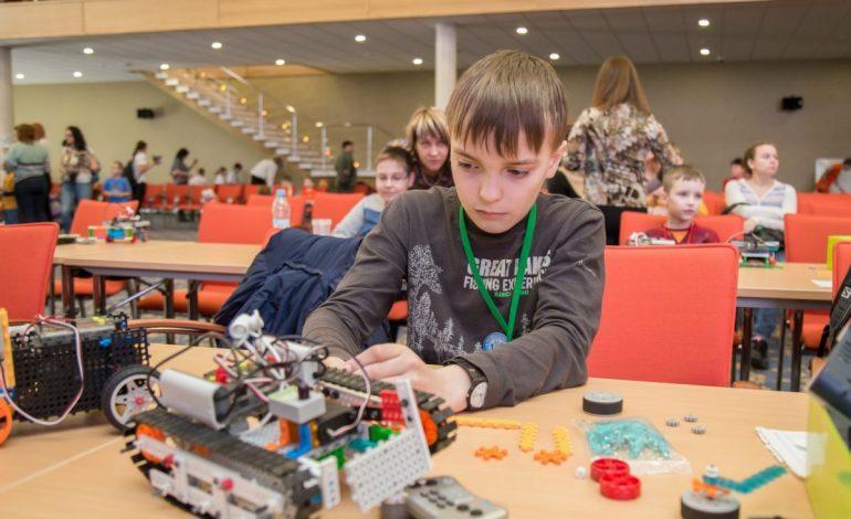 Чему учит хабаровских детей «Роботрек»
