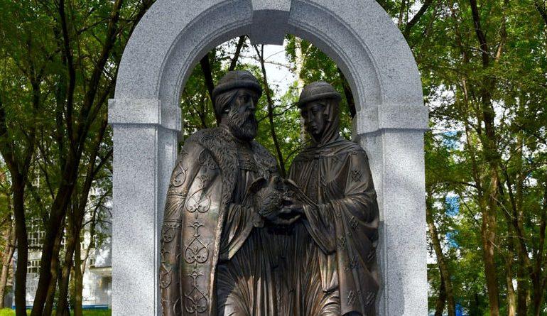 Стоит ли считать святых Петра и Февронию покровителями любви, семьи и верности