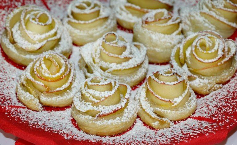 """Печенье """"Розочки с творогом"""" и сахарные пряники"""