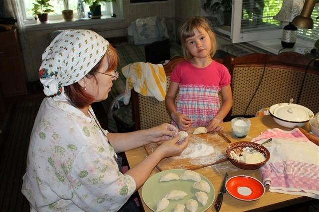 Тесто для вареников из скисшего молока