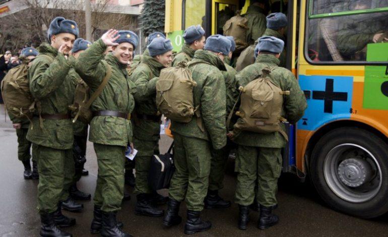 В России с 1 октября объявлен осенний призыв в армию
