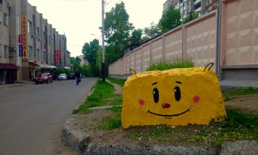 Позитивный стрит-арт Петра и Григория Матюшковых