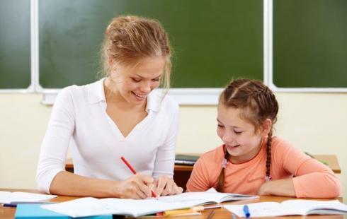 Минобрнауки предложило устроить акцию в соцсетях ко Дню учителя