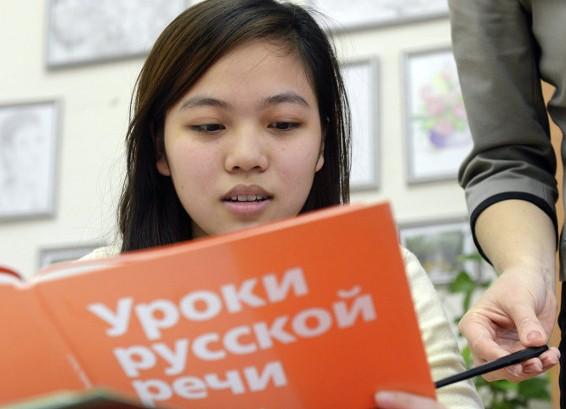 Преподаватели из России стремятся работать в Китае