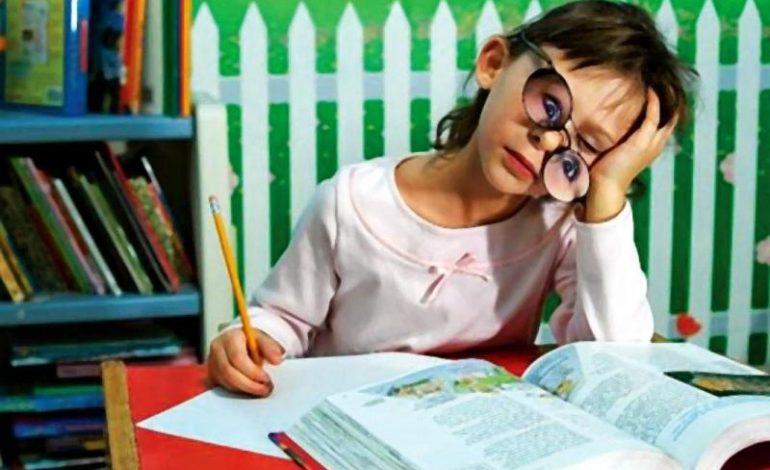 Как научить первоклассника делать домашнее задание