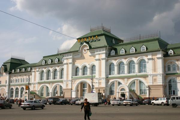 Поезд Хабаровск-Москва задержали из-за анонимного звонка о заложенной взывчатке