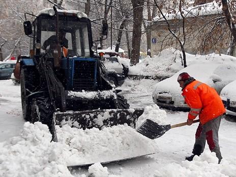 Хабаровск готов к зиме на 150 процентов – замначальника управления дорог и внешнего благоустройства Олег Грабков