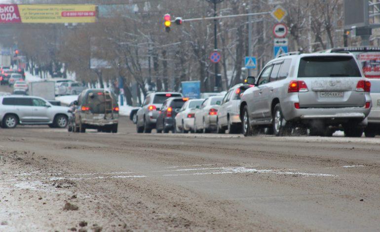 Транспортного коллапса после прохождения циклона в Хабаровске не наблюдается (КАРТА ДОРОГ)