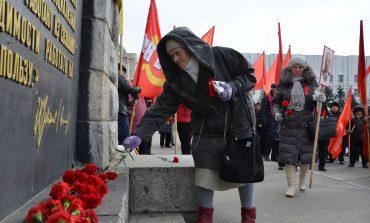 Хабаровские коммунисты отметили 99-ю годовщину Октябрьской революции (ФОТОРЕПОРТАЖ; ВИДЕО)