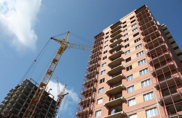 Качество капремонта многоквартирных домов начали проверять в Хабаровском крае