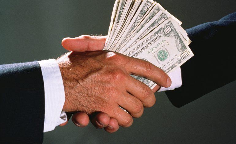 """Хабаровская фирма незаконно """"заработала"""" десять миллионов рублей"""