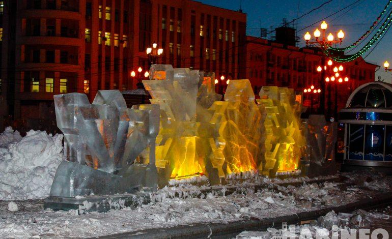 Зимний городок готовят на главной площади Хабаровска (ФОТОРЕПОРТАЖ; ВИДЕО)