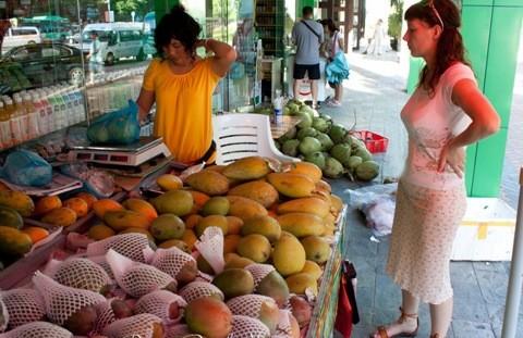 цена фрукты санья рынок