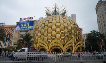 Отправляемся на шопинг: торговые центры Санья