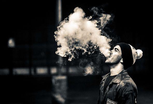 Вейпинг в Хабаровске: чем опасна мода на электронные сигареты