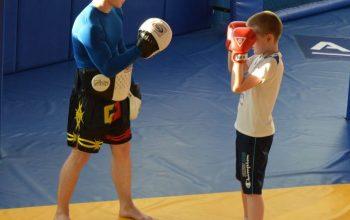 Смешанные единоборства и кроссфит: современный спорт для детей в Хабаровске