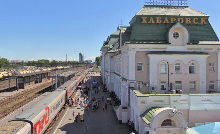 Слабослышащие пассажиры хабаровского ж/д вокзала смогут получать справочную информацию через слуховые аппараты