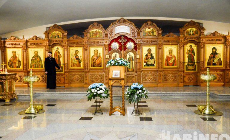 Хабаровчане и гости города провели ночь в храме(ФОТОРЕПОРТАЖ)