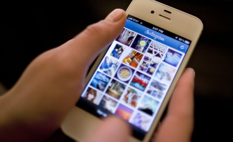 Instagram найдет и удалит аккаунты «групп смерти»