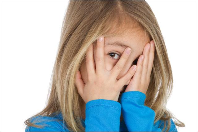 Как победить стеснительность и неуверенность ребенка