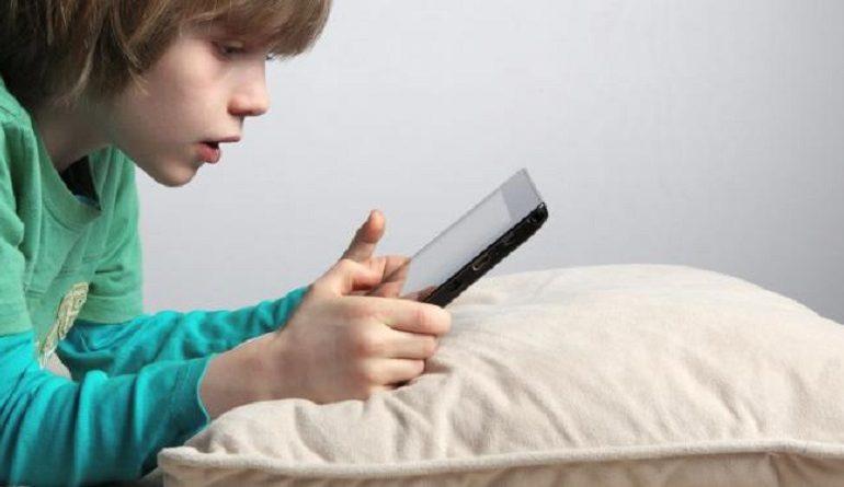 Как уберечь ребенка от смертельной опасности в интернете
