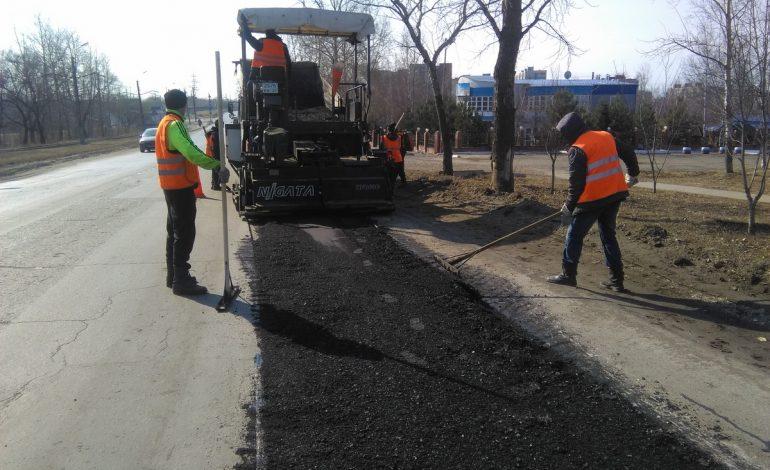 В Хабаровске запретили ремонтировать дороги в «час пик»