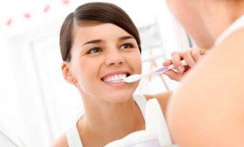Стоматолог по вызову: стоит ли лечить зубы на дому