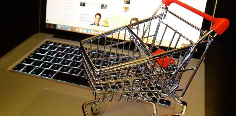 Чего стоит опасаться хабаровчанам в интернет-магазинах
