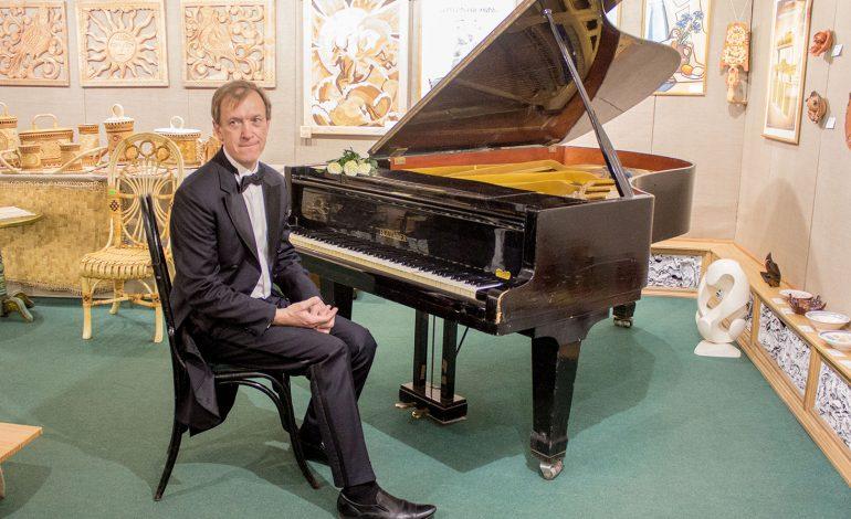 Фортепианная гостиная в Хабаровске: классика без границ