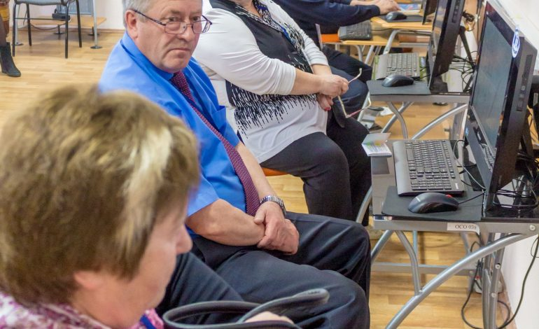 Кибердедушки штурмуют хабаровский интернет