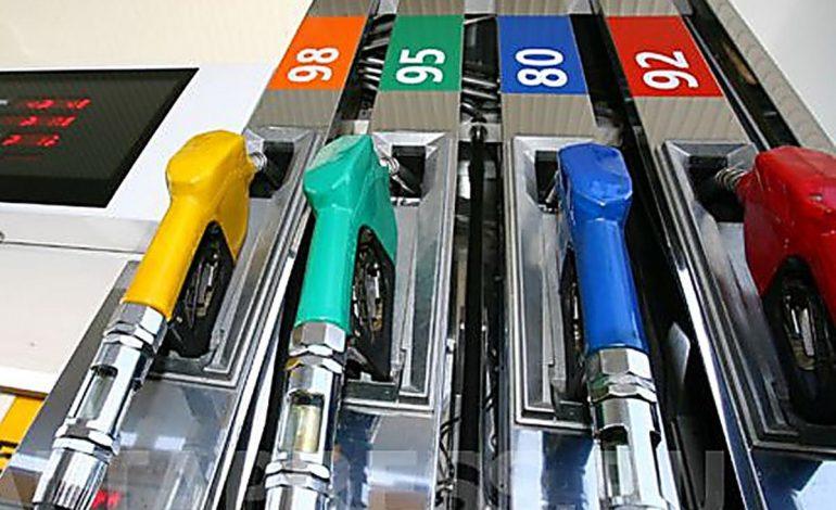 Если бензин некачественный: куда обращаться хабаровским автомобилистам (ВИДЕО)