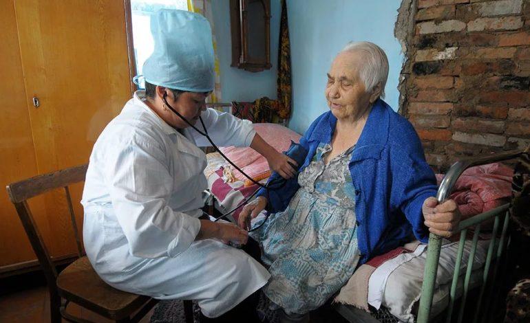 Как влияют на пенсию стаж и наличие детей у медицинского работника