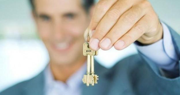 Нужны ли вам услуги риэлтора при сделке по квартире?