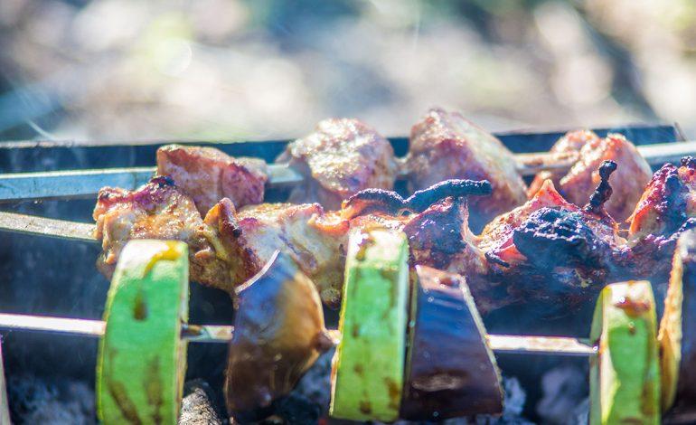 Весенний шашлык на дальневосточный лад: советы мастера