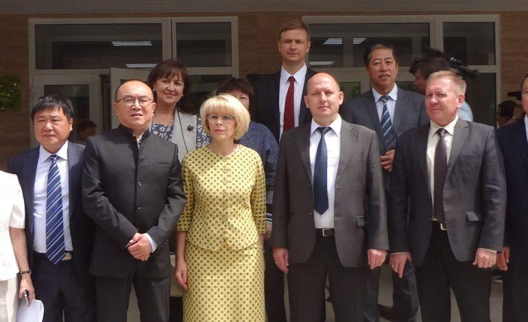 Российско-китайский сельхозцентр открылся в Хабаровске