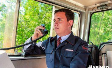 Как управлять поездом в 17 лет: хабаровчанин Степан Потапов о профессии машиниста