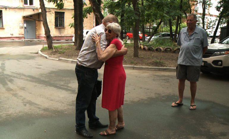 В поисках «корней»: супруги из Америки приехали в Хабаровск, чтобы найти следы родственников