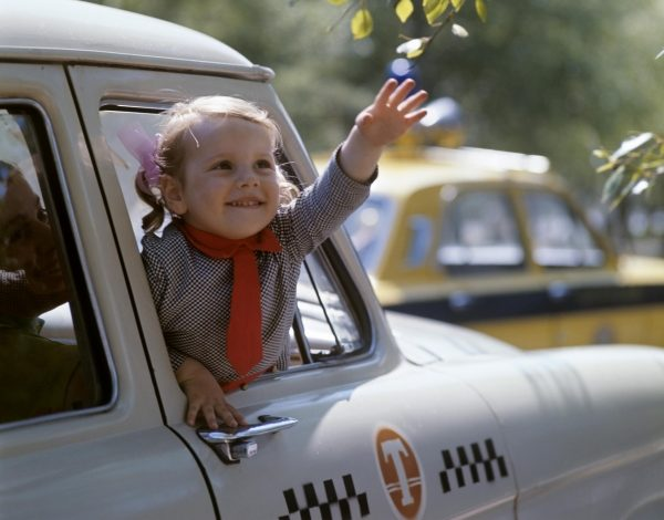 Хабаровские таксисты отказываются возить пассажиров с детьми