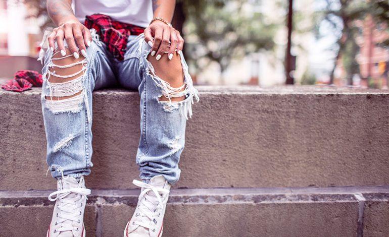 День пышных дам и День порванных джинсов