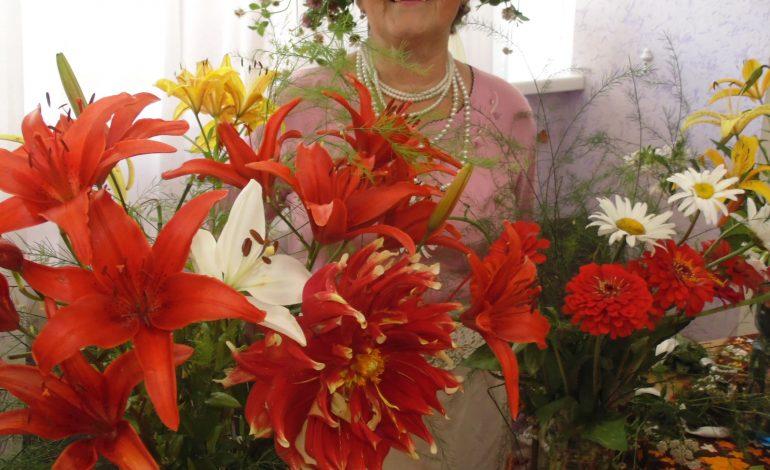 Выставка цветов в Совете ветеранов