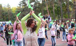 Очередной танцевальный флешмоб устроили в Хабаровске