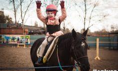 Лечение лошадьми. Какиппотерапияпомогает хабаровским детям с ДЦП?