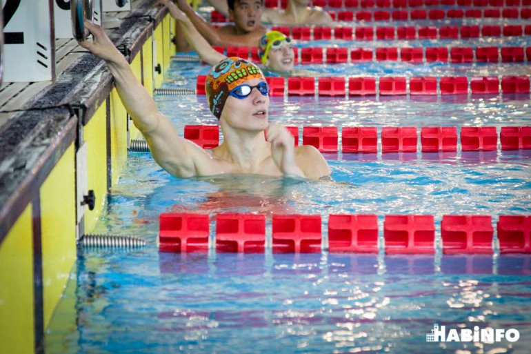 пловчихи женские соревнования по плаванию