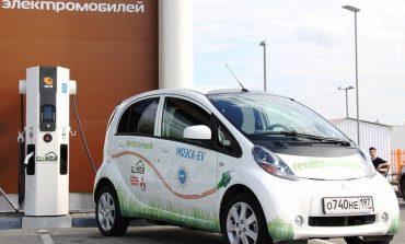 Хабаровчане выбирают «машины на батарейках»